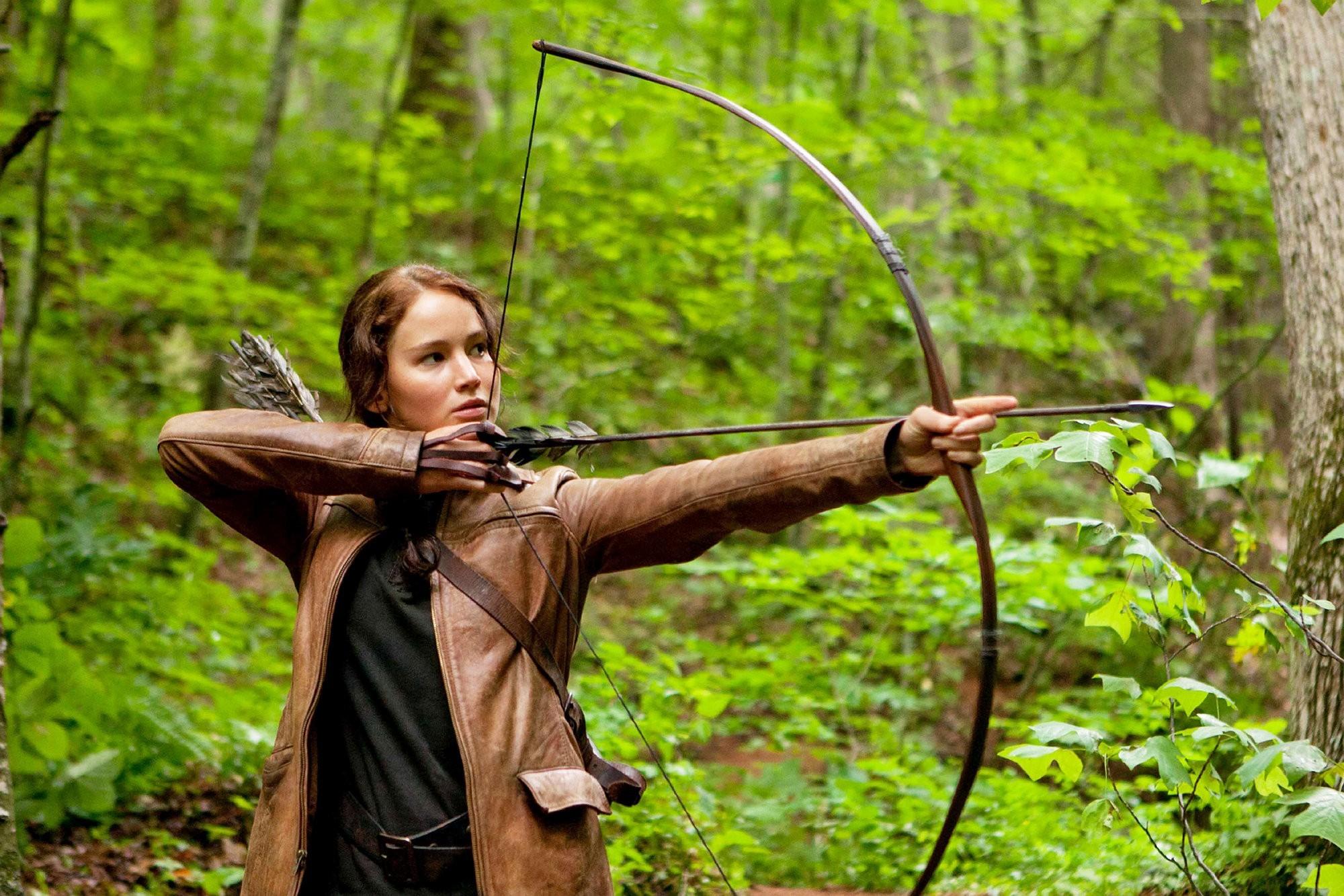 Look How Jennifer Lawrence (Katniss Everdeen) Stays In Shape